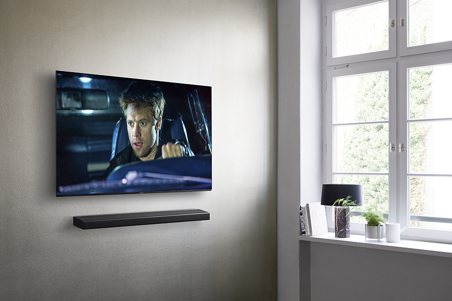 1 Panasonic 2020 HTB400 soundbar room cut.jpg