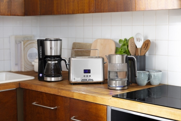 Russell Hobbs in cucina punta sulle dimensioni compatte